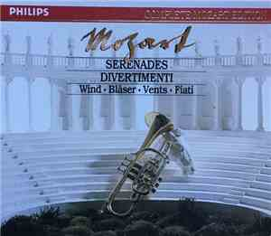 Mozart - Serenades And Divertimenti For Wind